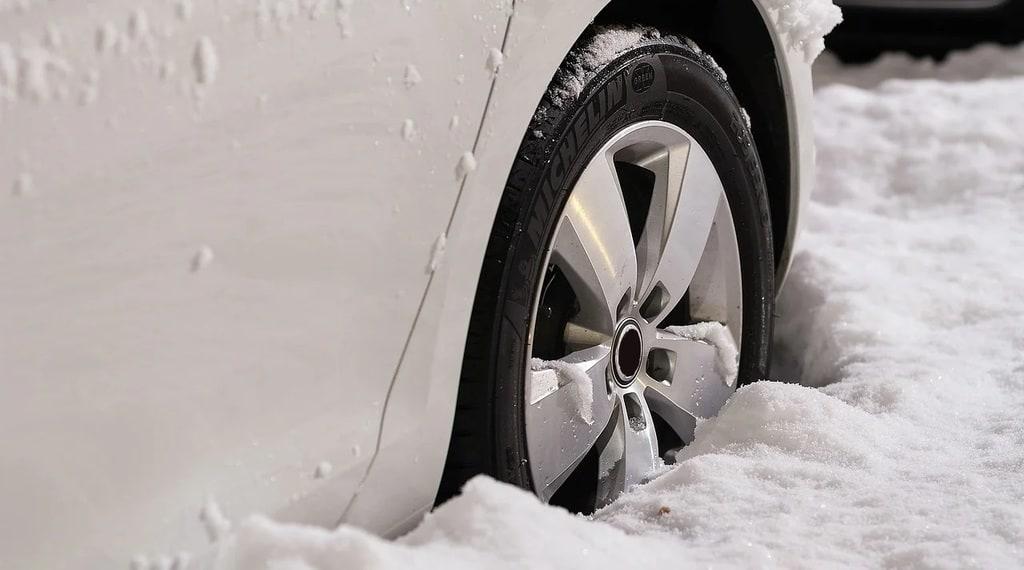Les bons réflexes pour conduire en toute sécurité durant l'hiver
